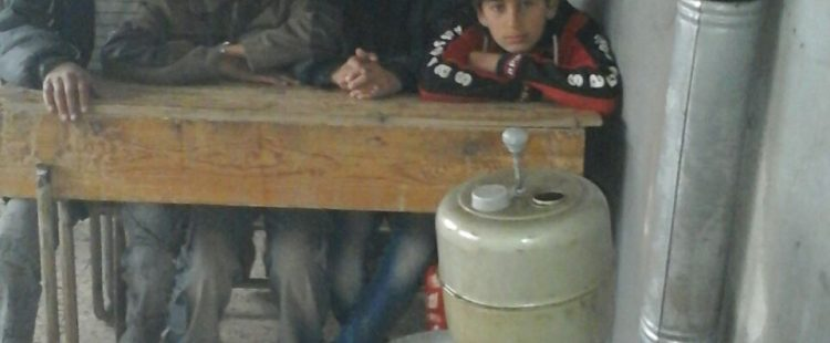 Un peu de chaleur pour l'école des réfugiés 2 – Décembre 2015