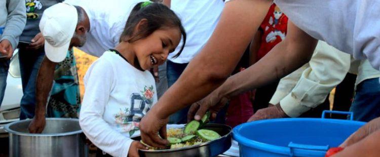 Un repas pour les déplacés en Syrie – Mai / Juin 2018